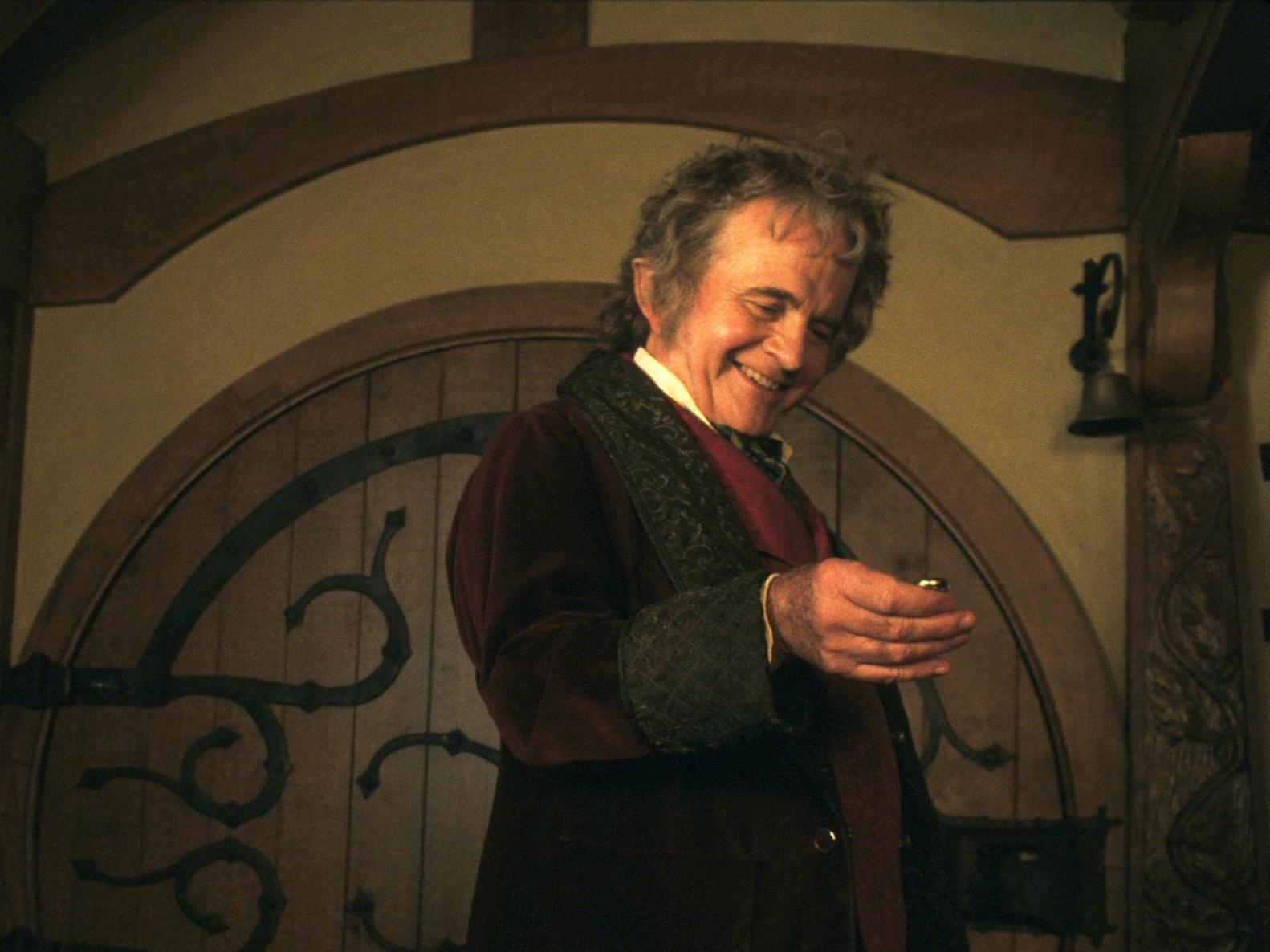 Fallece actor que interpretó a Bilbo Baggins en El Señor de los Anillos